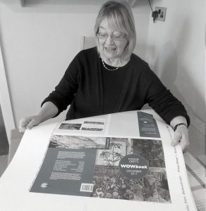 Maggie Grey is a leading textiles artists