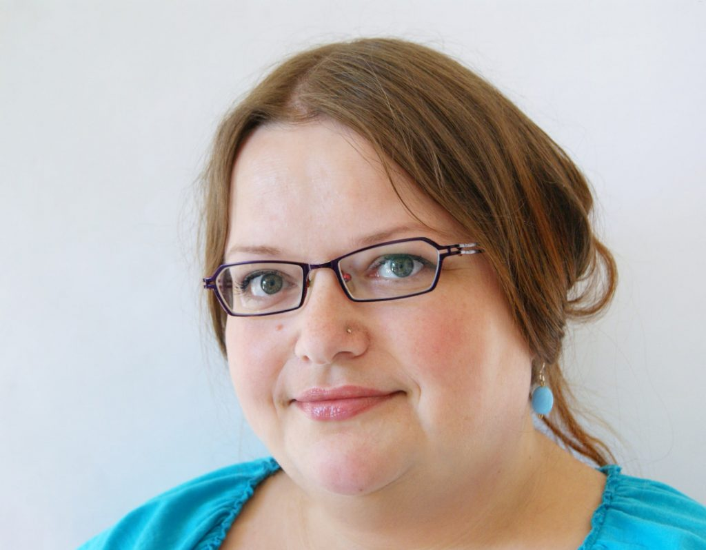Carina Envoldsen-Harris, Embroidery artist and author