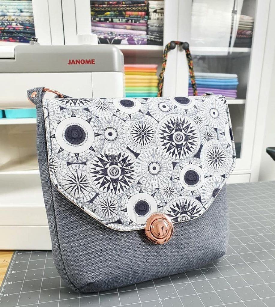 The button Lock Bag by Mrs H
