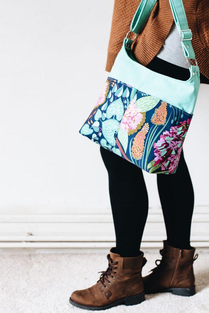 Ring Sling Bag pattern by Mrs H